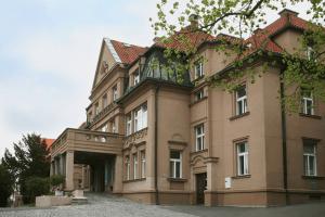 Клиника Малвазинки (Malvazinky)
