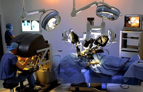 операции с помощью робота да винчи в акдениз