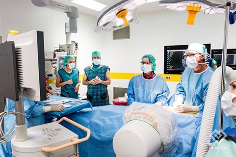 robotic surgery at motol hospital