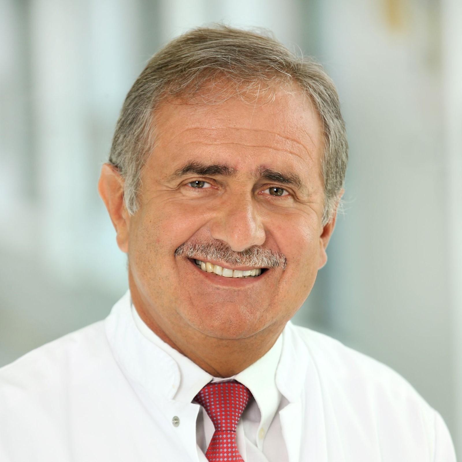 Dr. med. Marek Budner
