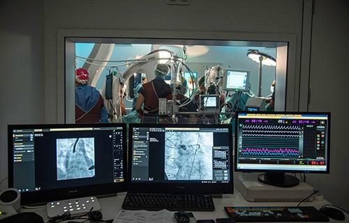 Бескровная хирургия в центре Текнон