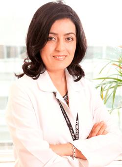 Дерматолог в Турции Зеррин Байсал