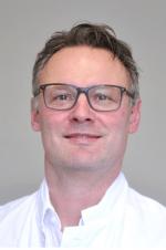 Лучшие клиники и врачи Германии - Проф. Томас Нимайер