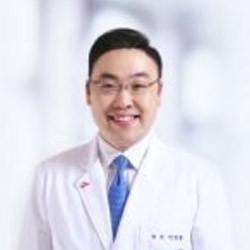 Маммолог, онколог в клинике национального университета Сеула