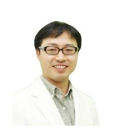 доктор Чжон Докхён