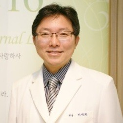 доктор Ли Дэ Хи