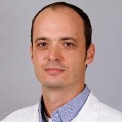 нейрохирург в клинике На Гомольце