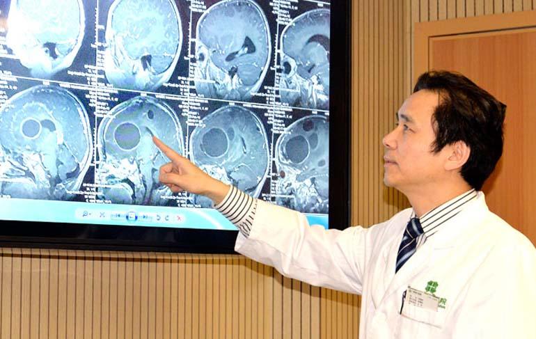 Современный онкологический госпиталь святого Стэмфорда в Гуанчжоу