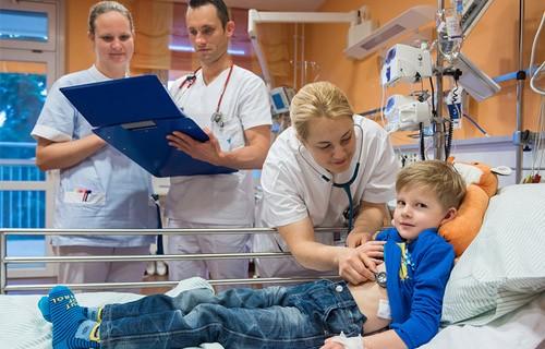 лечение патологий у детей в клинике Эрланген
