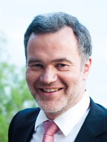 отологинголог профессор Томас Захнерт