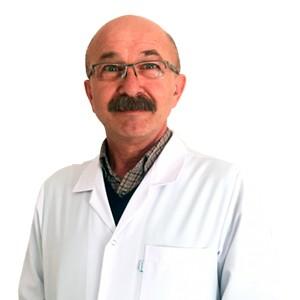 Реабилитолог и физиотерапевт Осман Турели из центра Нобель