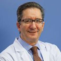 Доктор Хесус Сан - Мигель клиника Наварры